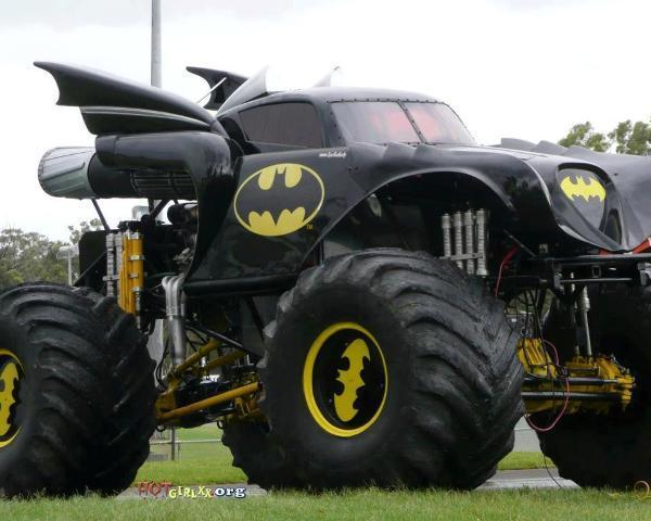 Batmobile-Monster-Truck