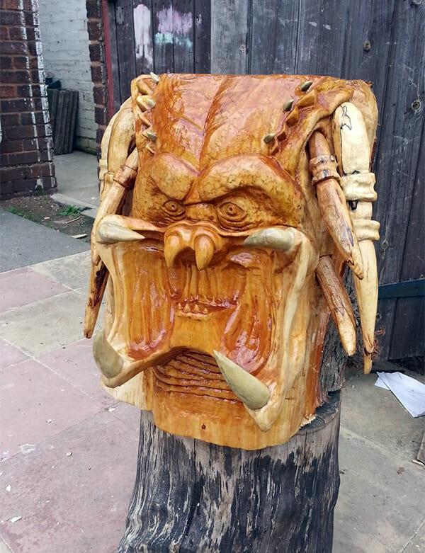 predator-sculpture-tree