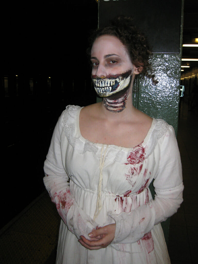 Pride and Prejudice and Zombies cosplay 1