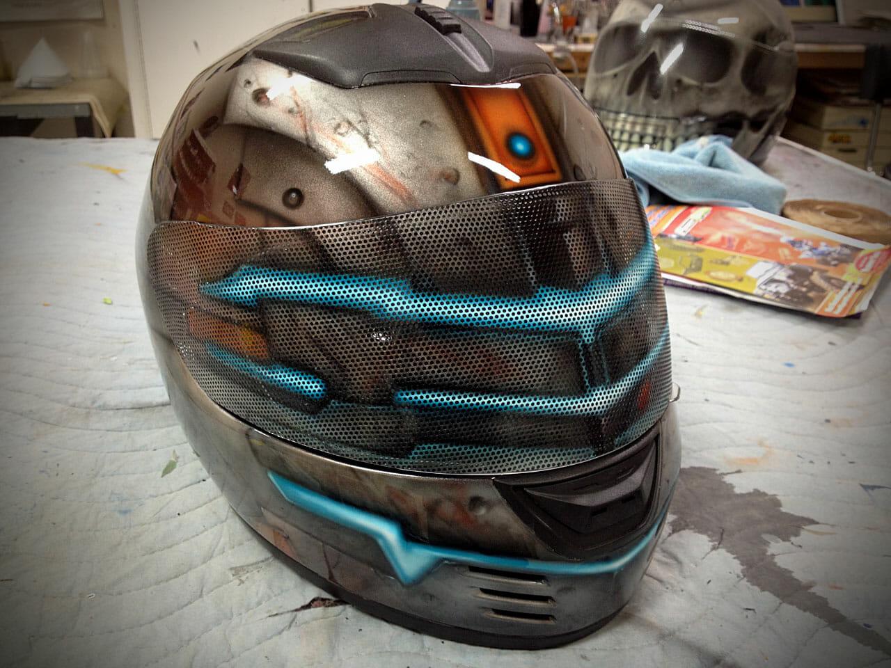dead_space_helmet_front