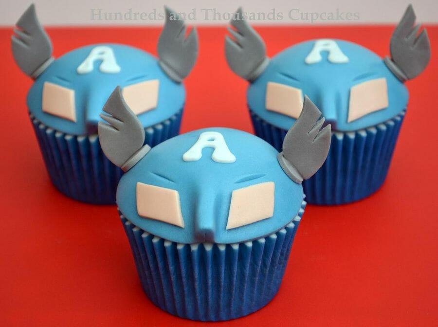Captain America cupcakes 2