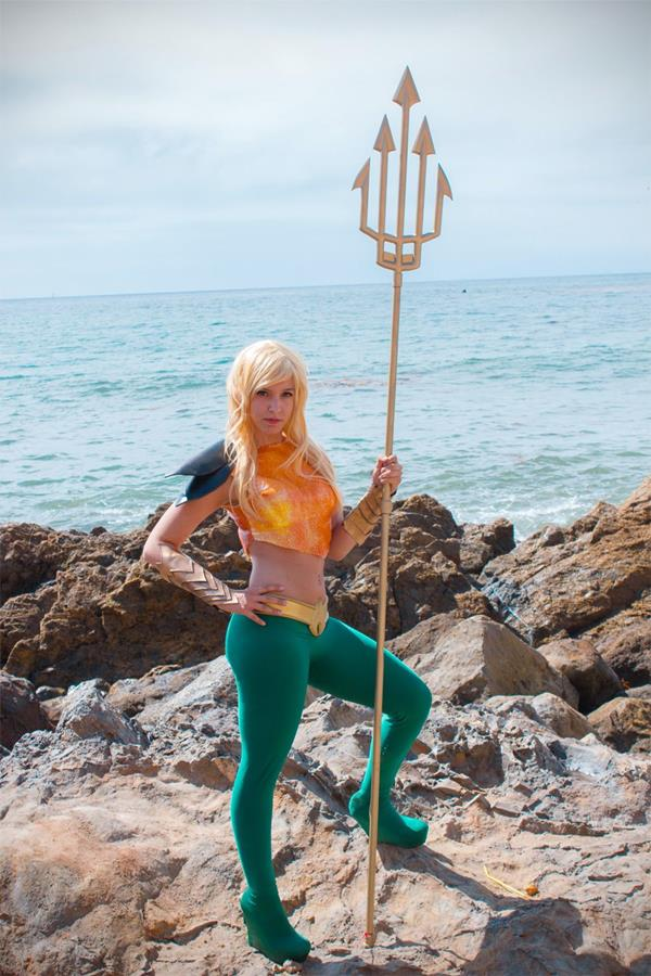 Aquaman-woman-3