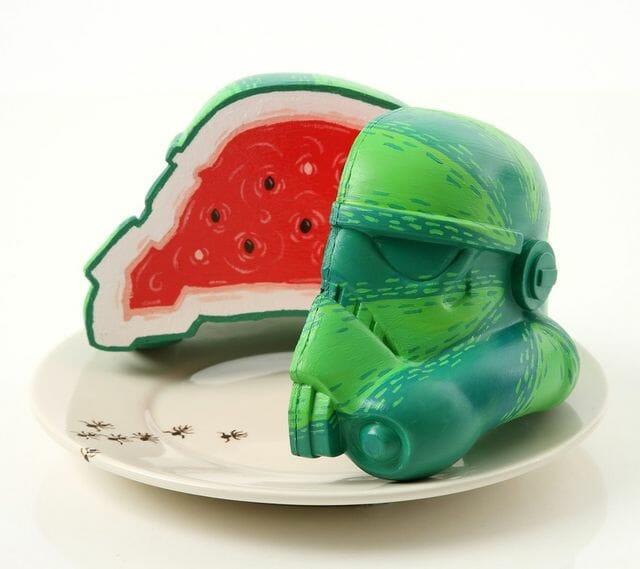 stormtrooper-helmet-art-1