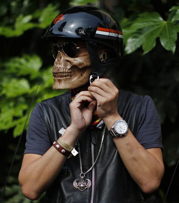 skeleton-biker-helm