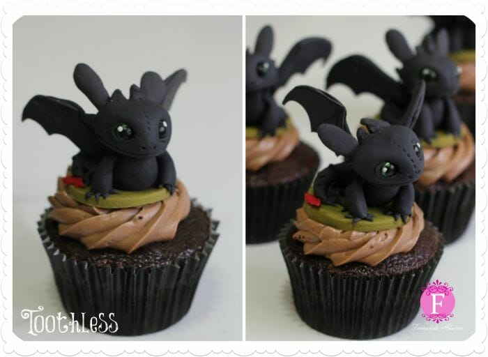 toothless-cupcakes