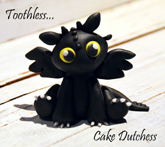 baby_toothless_caketopper_by_naera-d6z2hj8