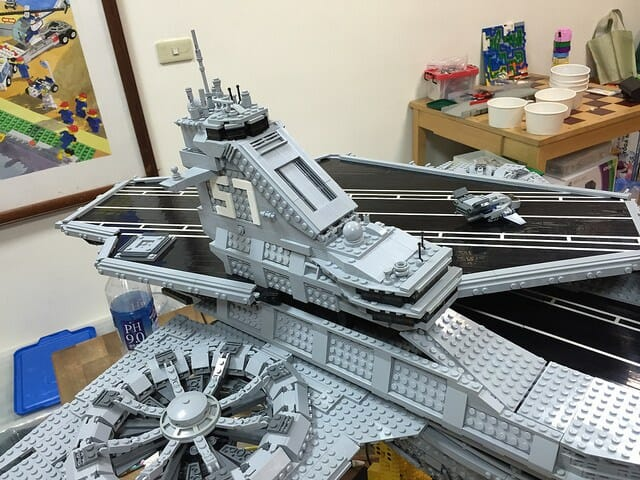 LEGO Helicarrier 7