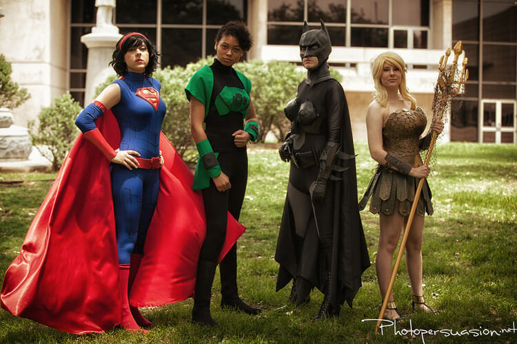 spectacular-female-justice-league-cosplay