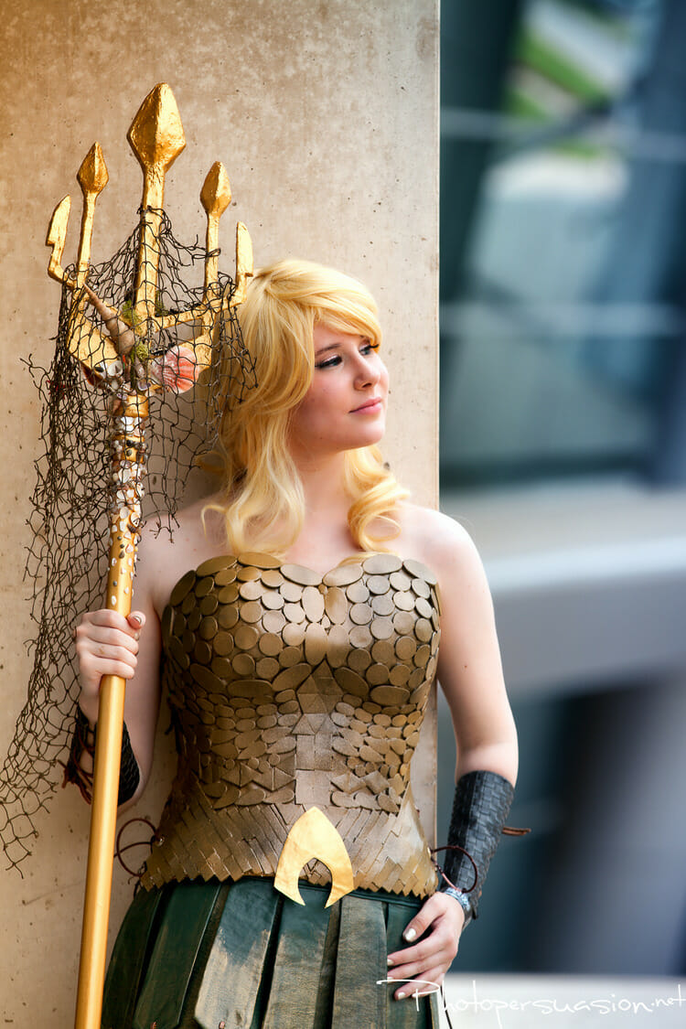 spectacular-female-justice-league-cosplay5