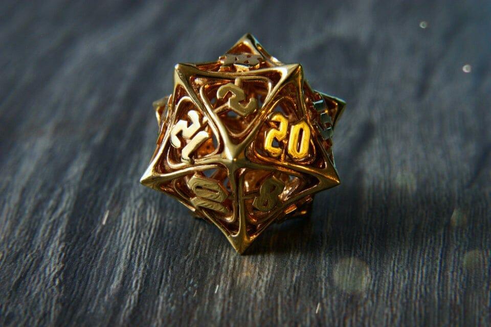 14k gold dice