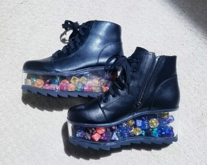Dice boots