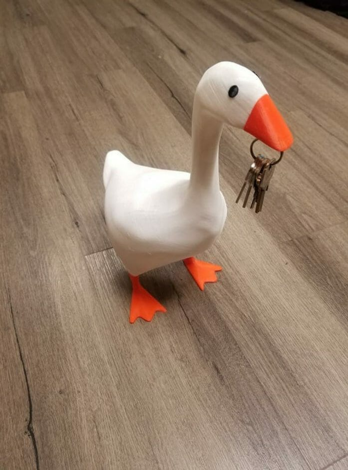 Key carrying Untitled Helper Goose
