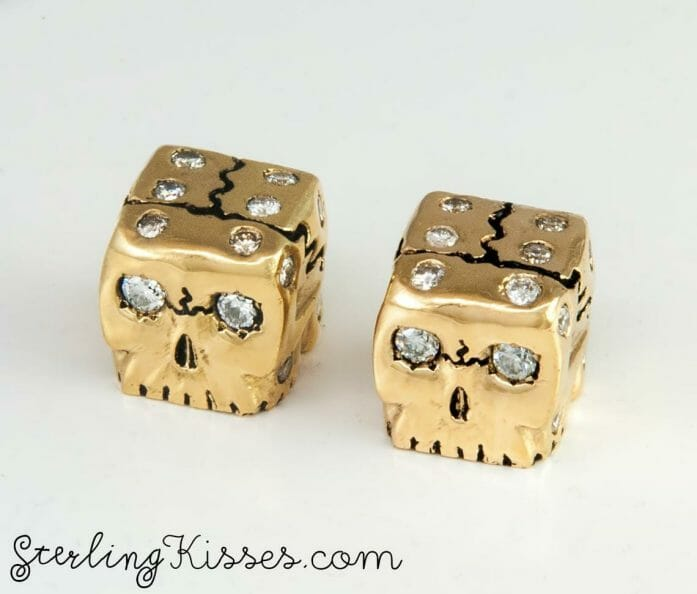 Pure gold and diamond dice