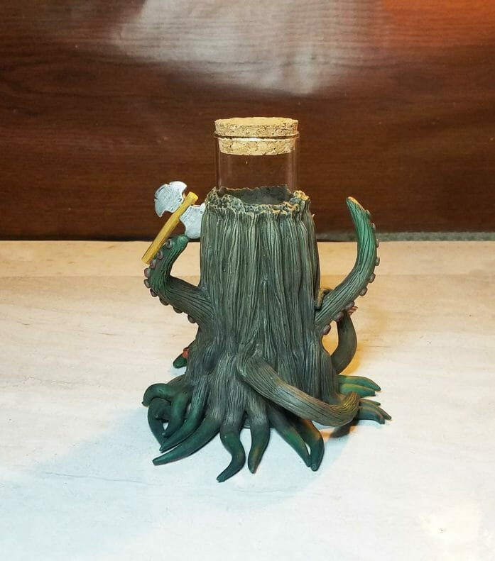 Mimic dice holder Tree