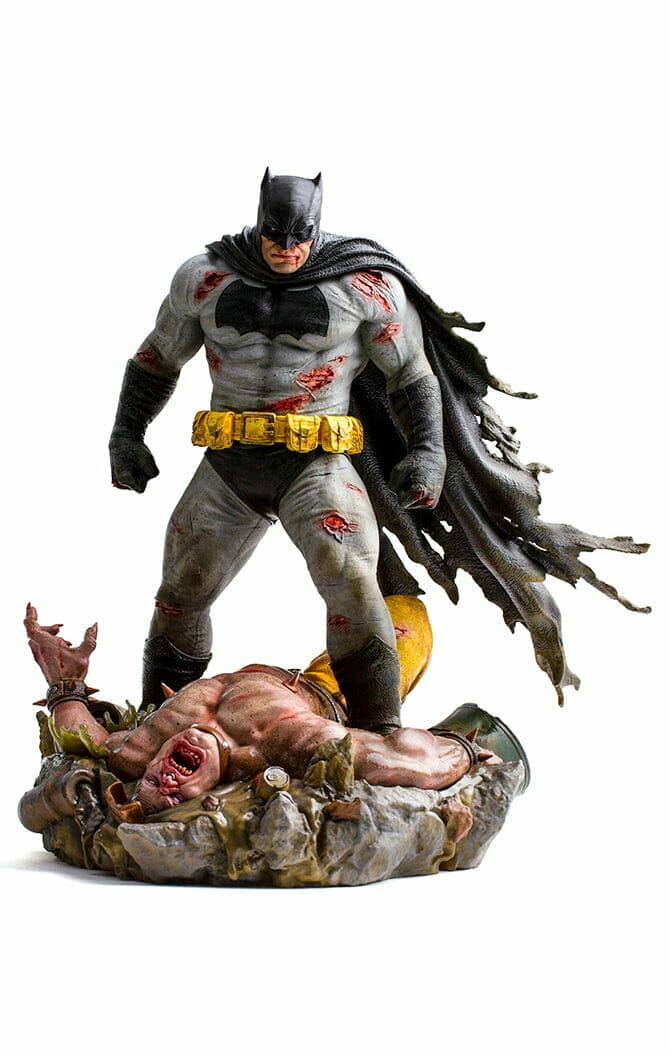 Batman The Dark Knight Returns 1/6 Diorama